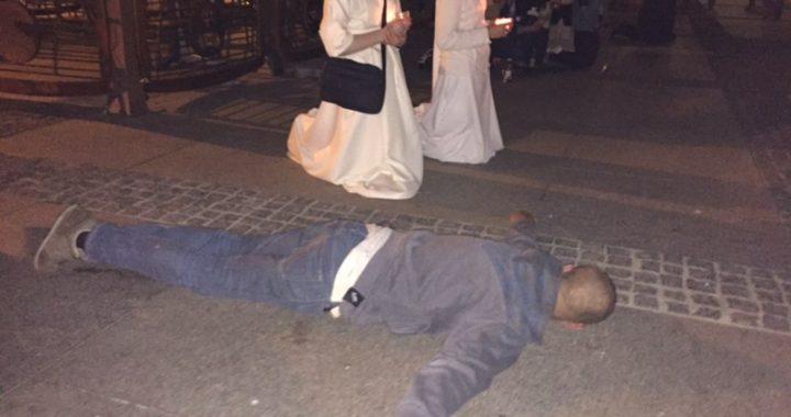 """NAWRÓCIŁ się po leżeniu na chodniku! """"To CUD"""""""