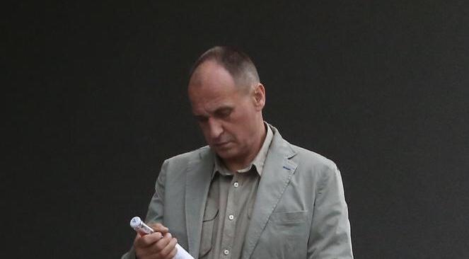 Kukiz w przerwie wyszedł z Sejmu do MONOPOLOWEGO! Od razu kupił dwie BUTELKI…