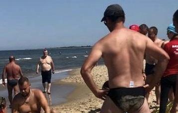 MAKABRA nad Bałtykiem! Troje dzieci weszło do morza – pod wodą CZEKAŁ na nich…