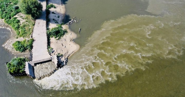 ŚCIEKI z Warszawy płyną na północ! WODA w kranach jest…