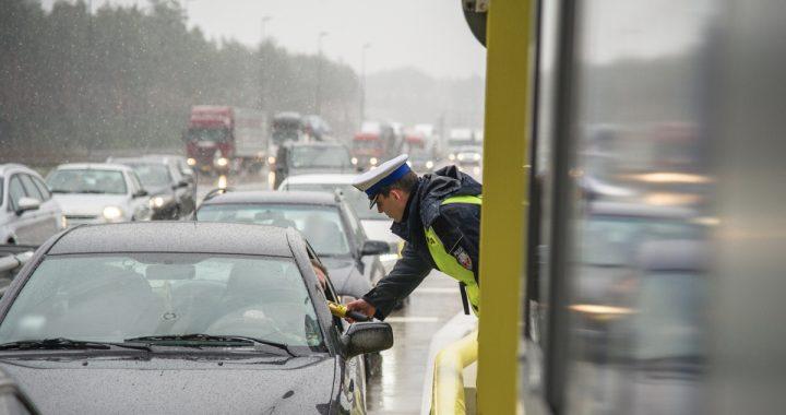 OGROMNA zmiana w przepisach! Od teraz kierowcy MUSZĄ…
