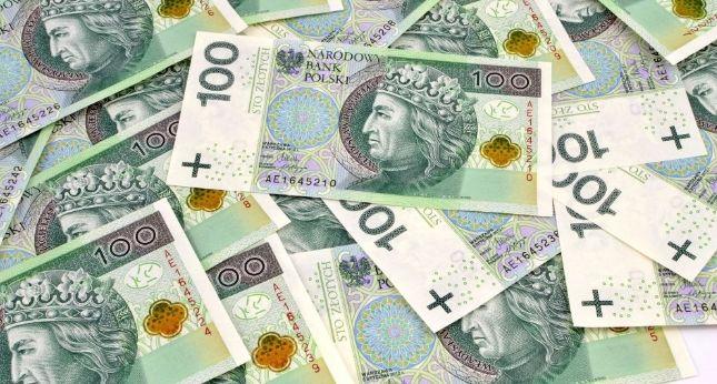 Emerytura WYŻSZA o nawet kilkaset złotych! Wystarczy złożyć…