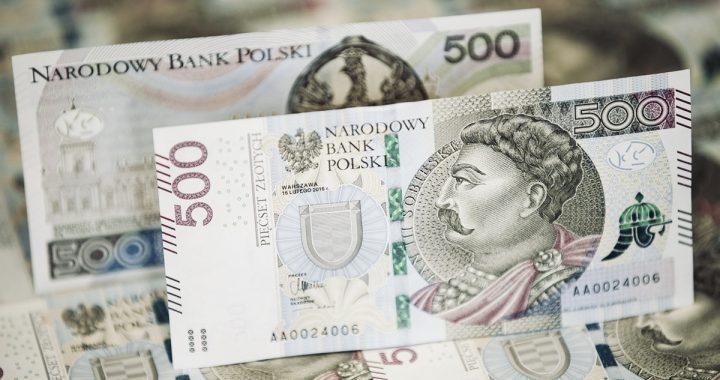 500+ dla kolejnej grupy Polaków! Dostaniesz JUŻ w październiku!