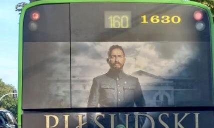 """WPADKA marketingowców filmu """"Piłsudski"""". Wszyscy zwrócili uwagę na ten SZCZEGÓŁ!"""
