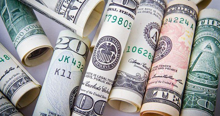 Dolar OSTRO w górę! Rekordowa CENA.