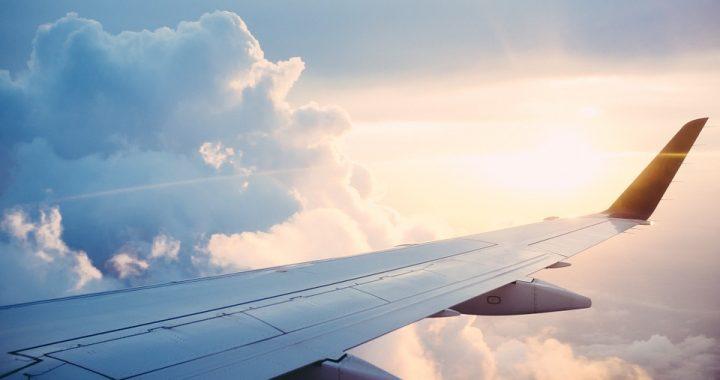 Dramatyczna decyzja pilota! Po jego słowach pasażerowie samolotu zamarli!