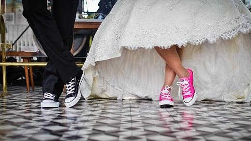 Założyła te BUTY na ślub! Nikt nie mógł uwierzyć!