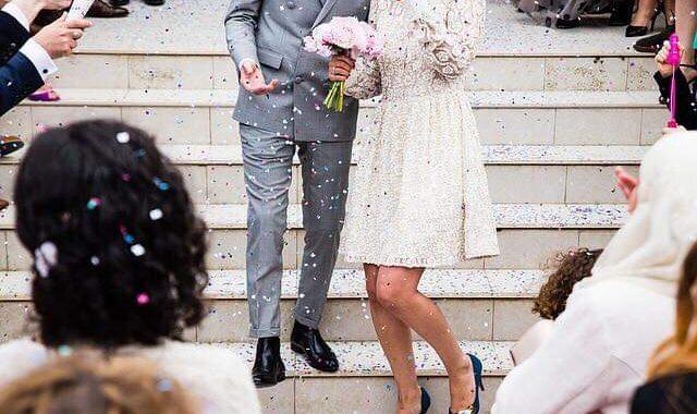 Takie zachowania na ślubach to SKANDAL! Radzimy, jak być dobrym gościem weselnym