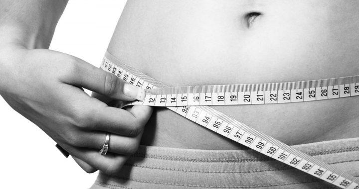 Pseudo-dietetyczne produkty, które mają mnóstwo kalorii. Uważajcie na nie!