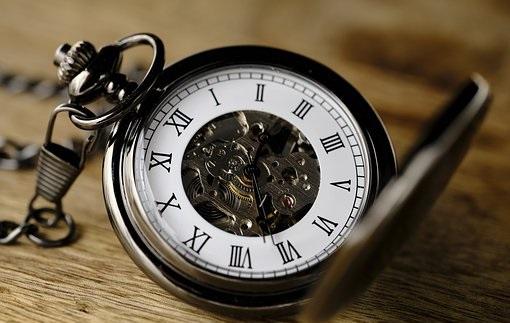 ZMIANA czasu z letniego na zimowy! Zegarki trzeba przestawić już w…