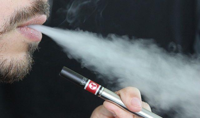 E-papierosy jednak zabijają!? Epidemia zgonów?! Najnowsze doniesienia!