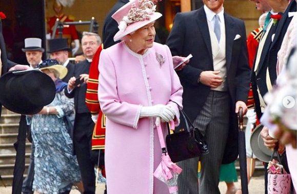 """TAK książę Harry zachował się wobec królowej Elżbiety! """"Nie krępował się…"""""""
