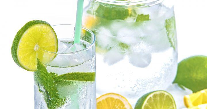 Odchudzanie: ten prosty napój dosłownie ROZPUSZCZA tkankę tłuszczową!