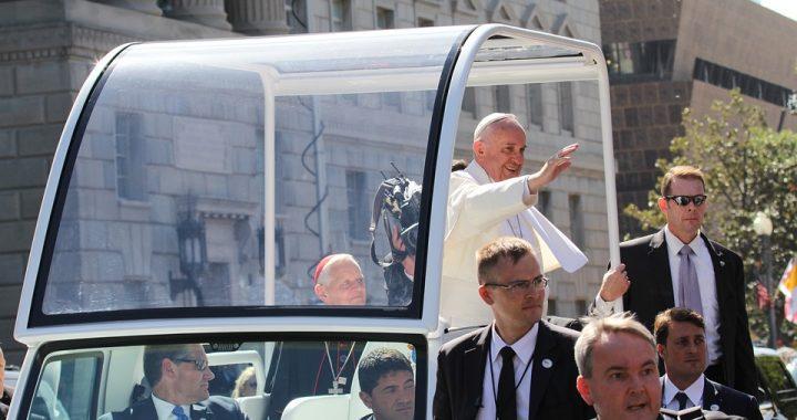 Szokujące doniesienia z Watykanu! Czy kobiety staną przy ołtarzach?