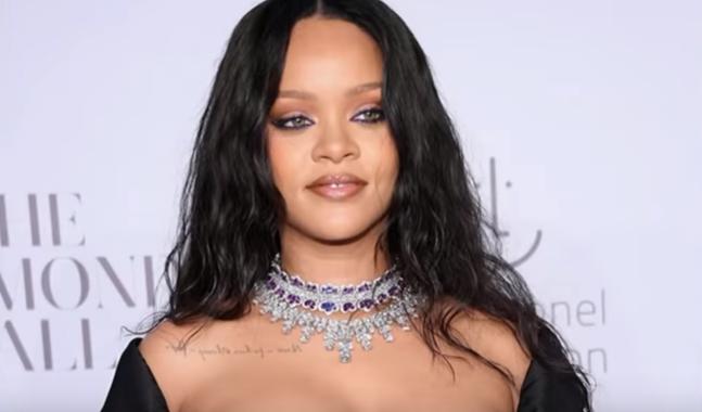 Rihanna nie przebiera w słowach i określa Trumpa jako… CHOREGO PSYCHICZNIE!