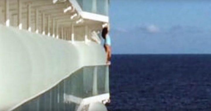 Zrobiła selfie na statku! Gorzko pożałowała swojej decyzji!
