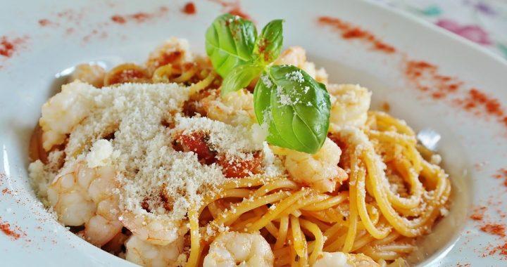 Zjedli posiłek we włoskiej restauracji! Gdy kelner przyniósł rachunek, zamarli!