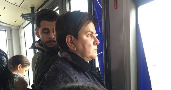 Europarlament ma wolne a Beata Szydło w Brukseli… Czego za oknem wypatruje była premier?