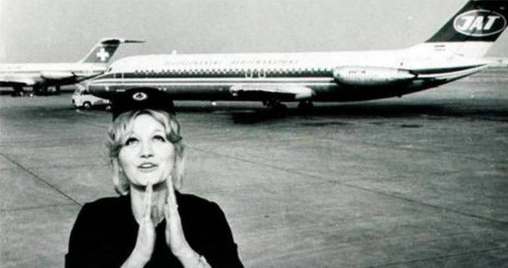 Niesamowite! Ta stewardessa przeżyła upadek z 10 kilometrów
