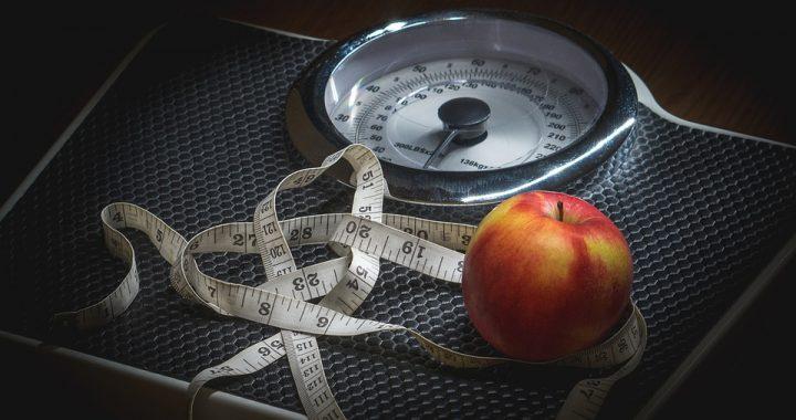 Postanowiła schudnąć przed wakacjami! Dieta, którą stosowała doprowadziła ją do śmierci!