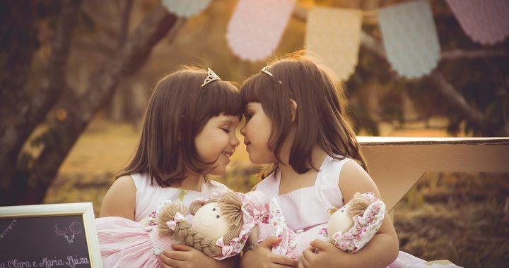 Jej córki bliźniaczki bezustannie płakały! Wszystko przez… fatalną pomyłkę!