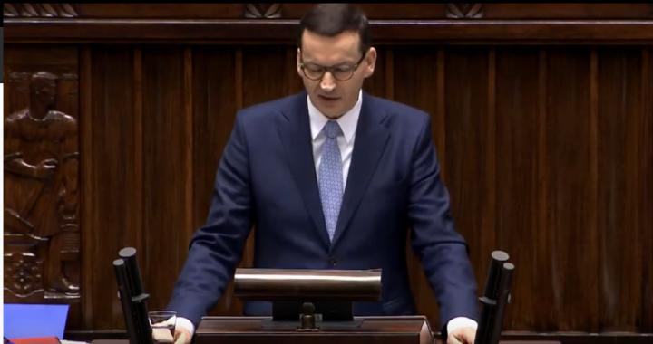 Morawiecki wzywa do ZMIANY KONSTYTUCJI. Premier wygłosił przemówienie!