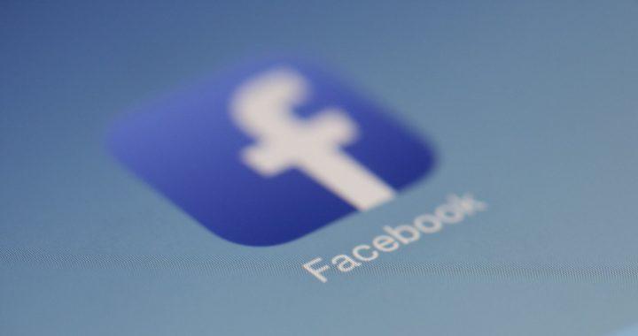 UWAGA! Facebook PODGLĄDA użytkowników kamerą! Szokujace odkrycie jednego z internautów!
