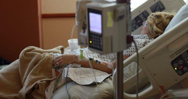 Ta znana aktorka trafiła do szpitala! Jej stan jest ciężki…
