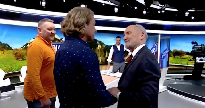 Jakimowicz SZCZERZE o spotkaniu z Macierewiczem! Mocne słowa.