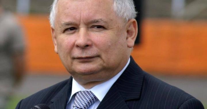 AMBULANS przyjechał do Kaczyńskiego! Stan prezesa…