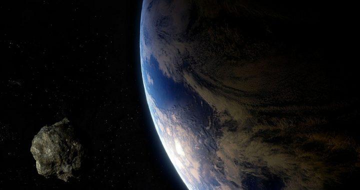 OGROMNA ASTEROIDA zbliża się do Ziemi. Wybuchnie z siłą…