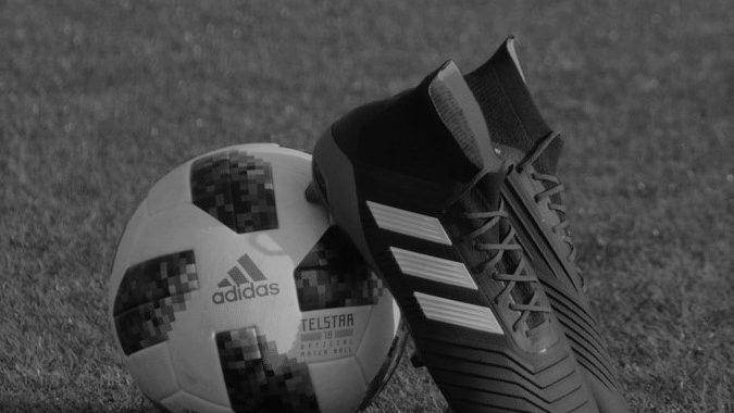 NIE ŻYJE legendarny niemiecki piłkarz. Grał w klubie Borussia Dortmund.