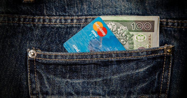 Zmiany w płatnościach zbliżeniowych kartą! Od teraz będziesz mógł…