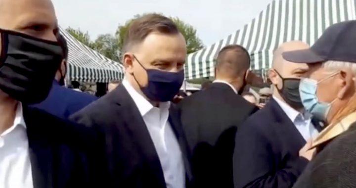 """""""Emeryt ZGASIŁ Dudę jednym zdaniem"""". Internauci bezlitośni dla prezydenta. Wideo."""