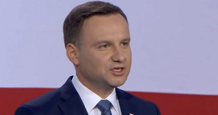 Najnowszy sondaż. Andrzej Duda BEZ szans w II turze?! Trzaskowski z rekordem.
