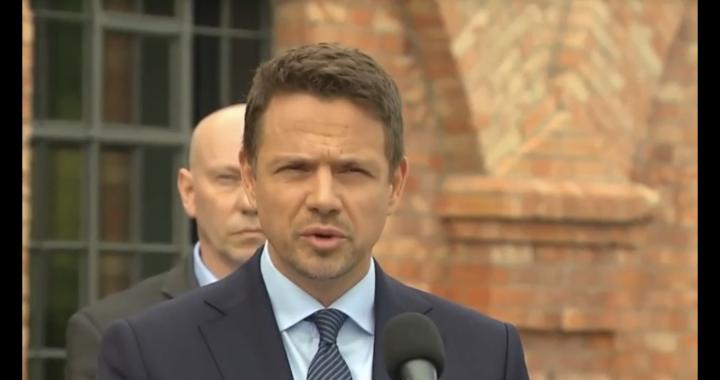 Trzaskowski w debacie TVP! Duda ma znać pytania?