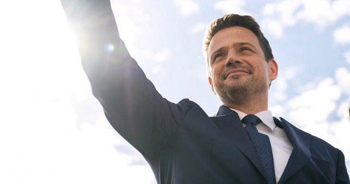 Trzaskowski przebija PiS! 10 tys. złotych dla rodziny! Wystarczy, że…