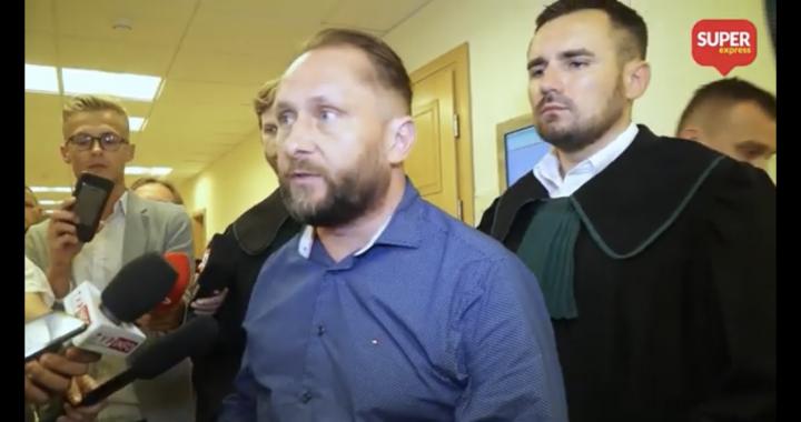 """Kamil Durczok o podwyżkach pensji posłów. """"Dałbym im za trzy lata z góry byleby…"""""""
