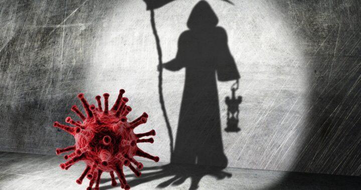W Polsce dopiero teraz jest pierwsza fala pandemii. Liczba zgonów rośnie lawinowo.