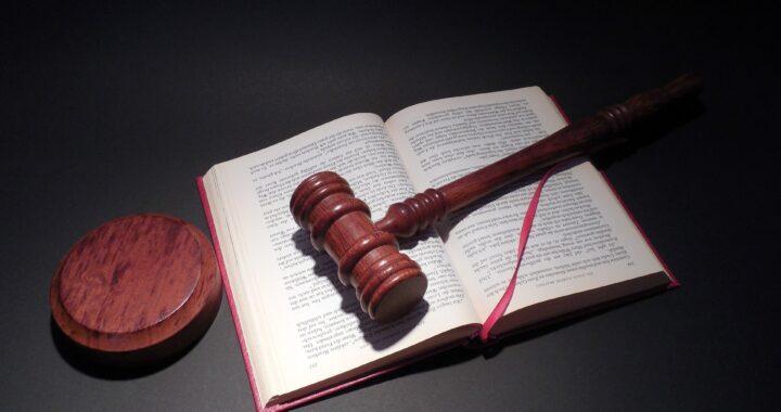 Tysiąc złotych kary dla homofoba. Sąd jednak wydał wyrok z innego powodu!
