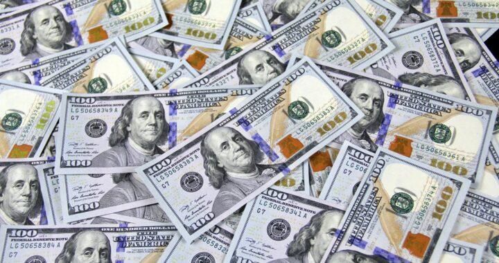 Ile pieniędzy jedna osoba może dać na cele charytatywne? Więcej niż sobie wyobrażacie!