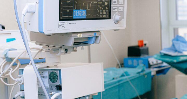 ŚMIERTELNY wariant DELTA! Ryzyko HOSPITALIZACJI dwukrotnie większe niż w innych wersjach koronawirusa!