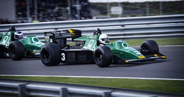 ROBERT KUBICA znów za sterami bolidu! Polak WRACA do F1!