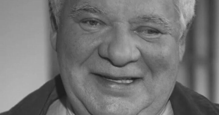 TOMASZ KNAPIK nie żyje! Najsłynniejszy Polski głos zmarł w wieku 77 lat!