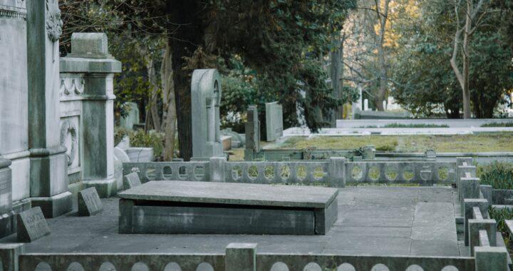 """Ministerstwo Zdrowia nie wie, czy zamknie cmentarze! """"Na pewno nie będzie to nagła decyzja"""""""